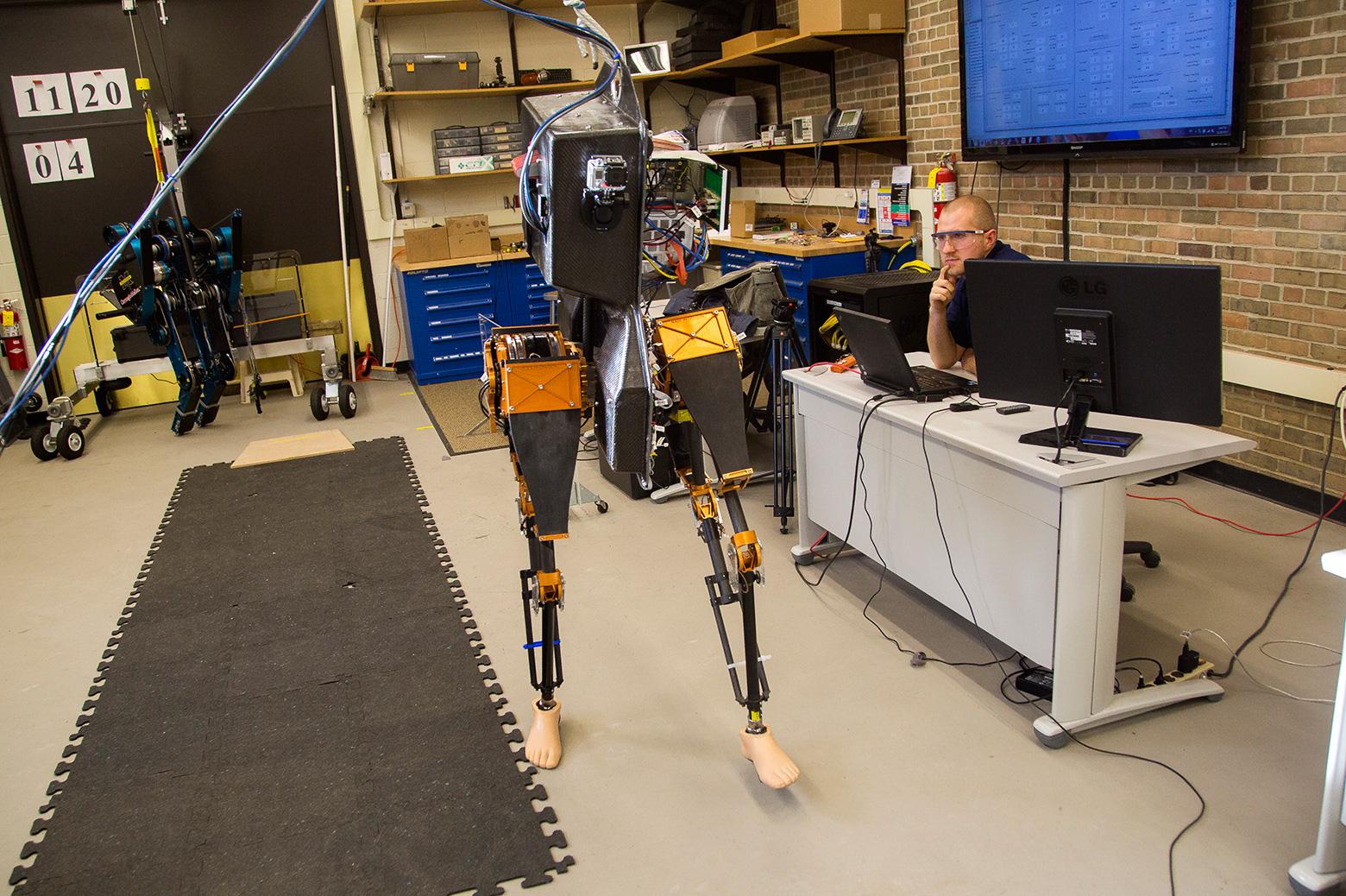 Two legged robot MARLO