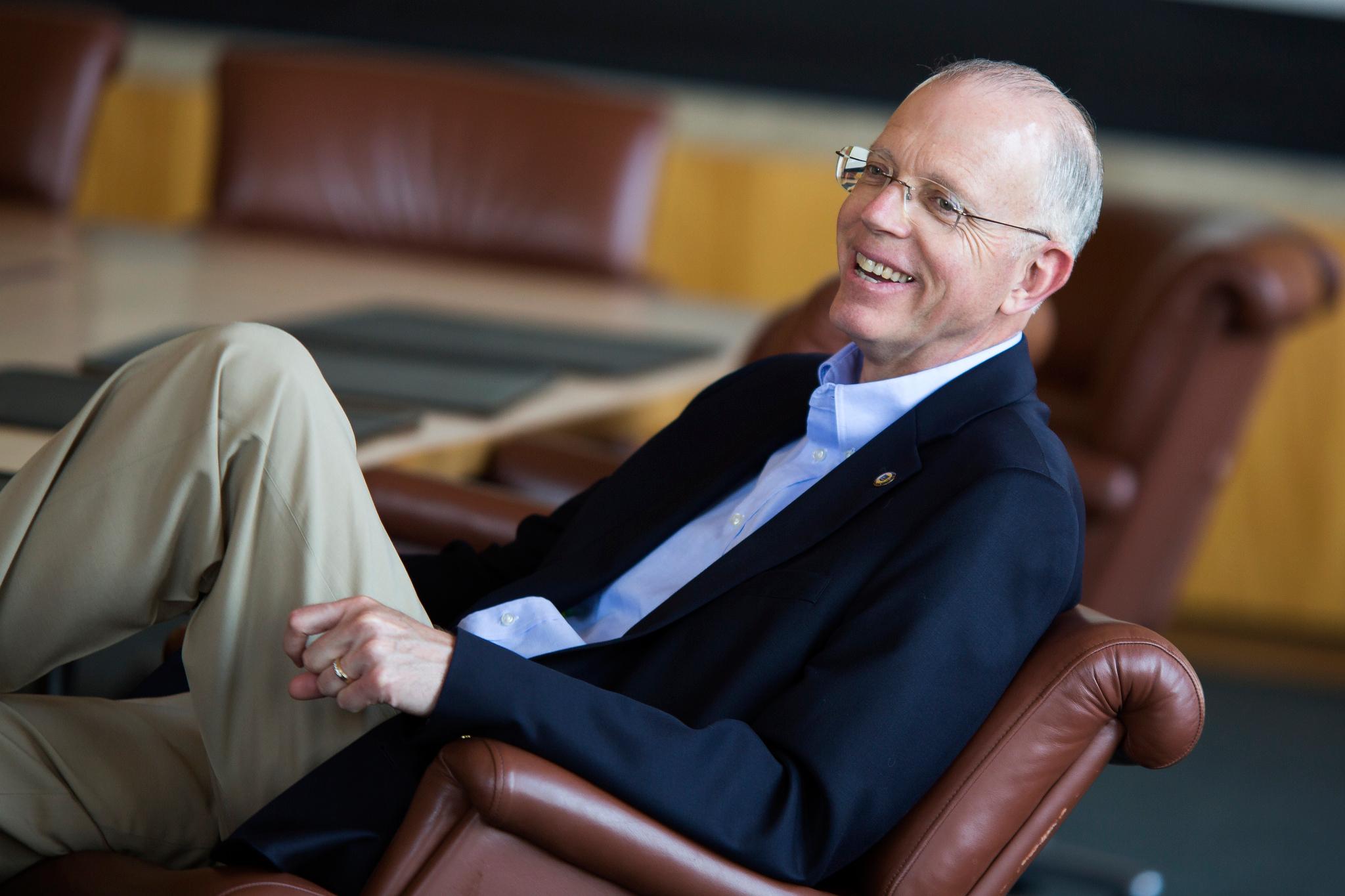 In his last week at the helm of Michigan Engineering, Dean David Munson wins a national award.