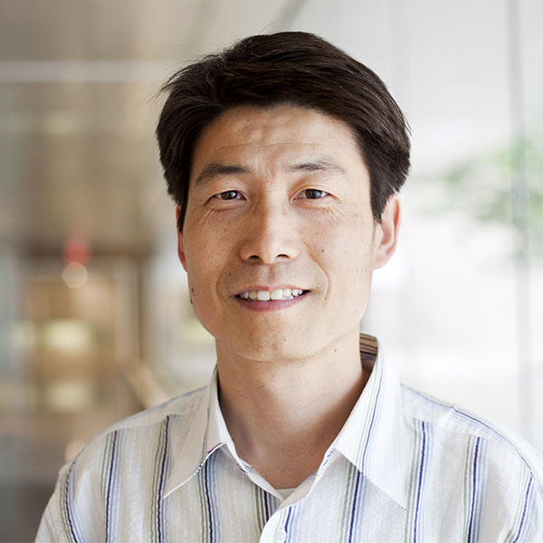 L. Jay Guo
