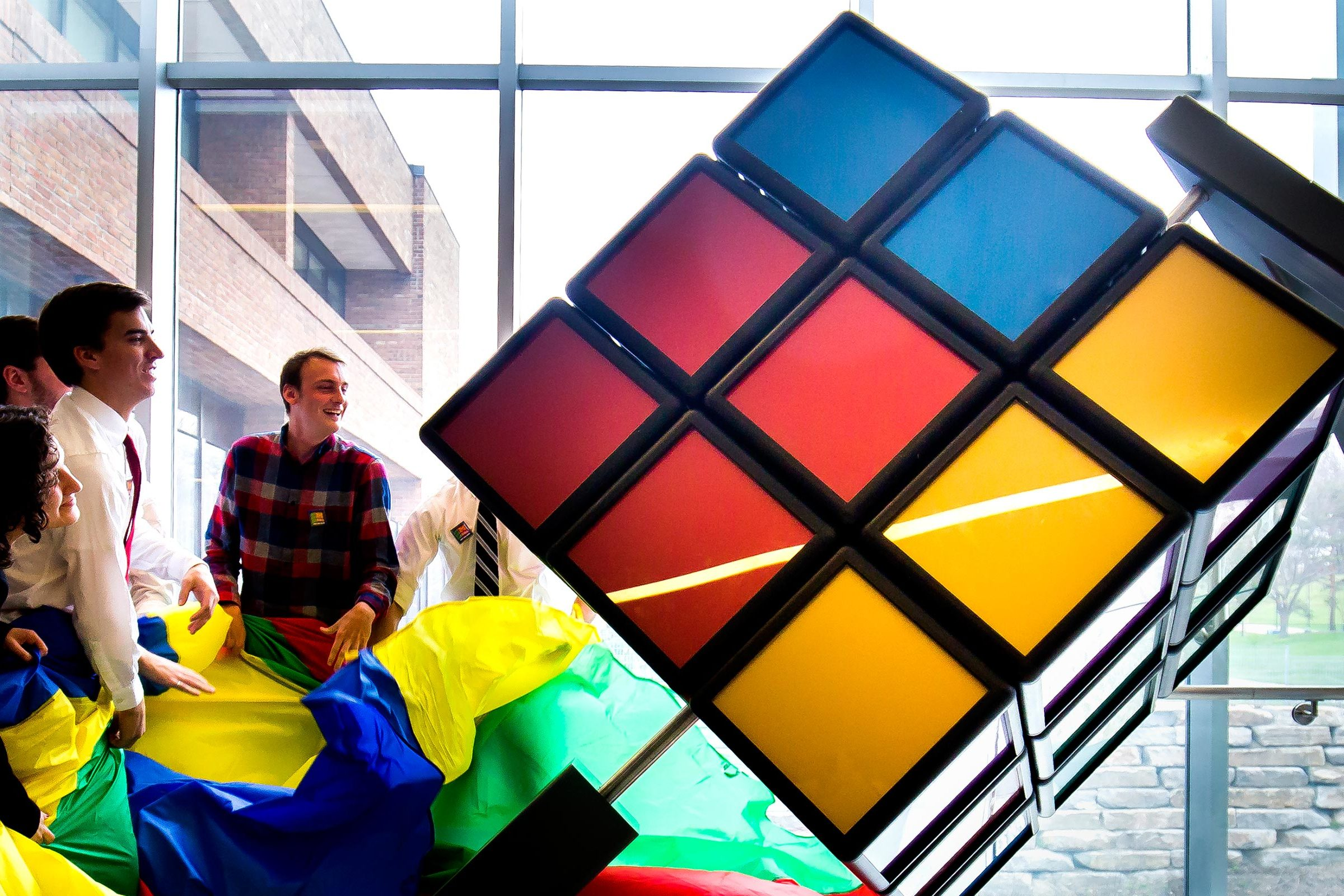 Giant Rubiks Cube is unveiled