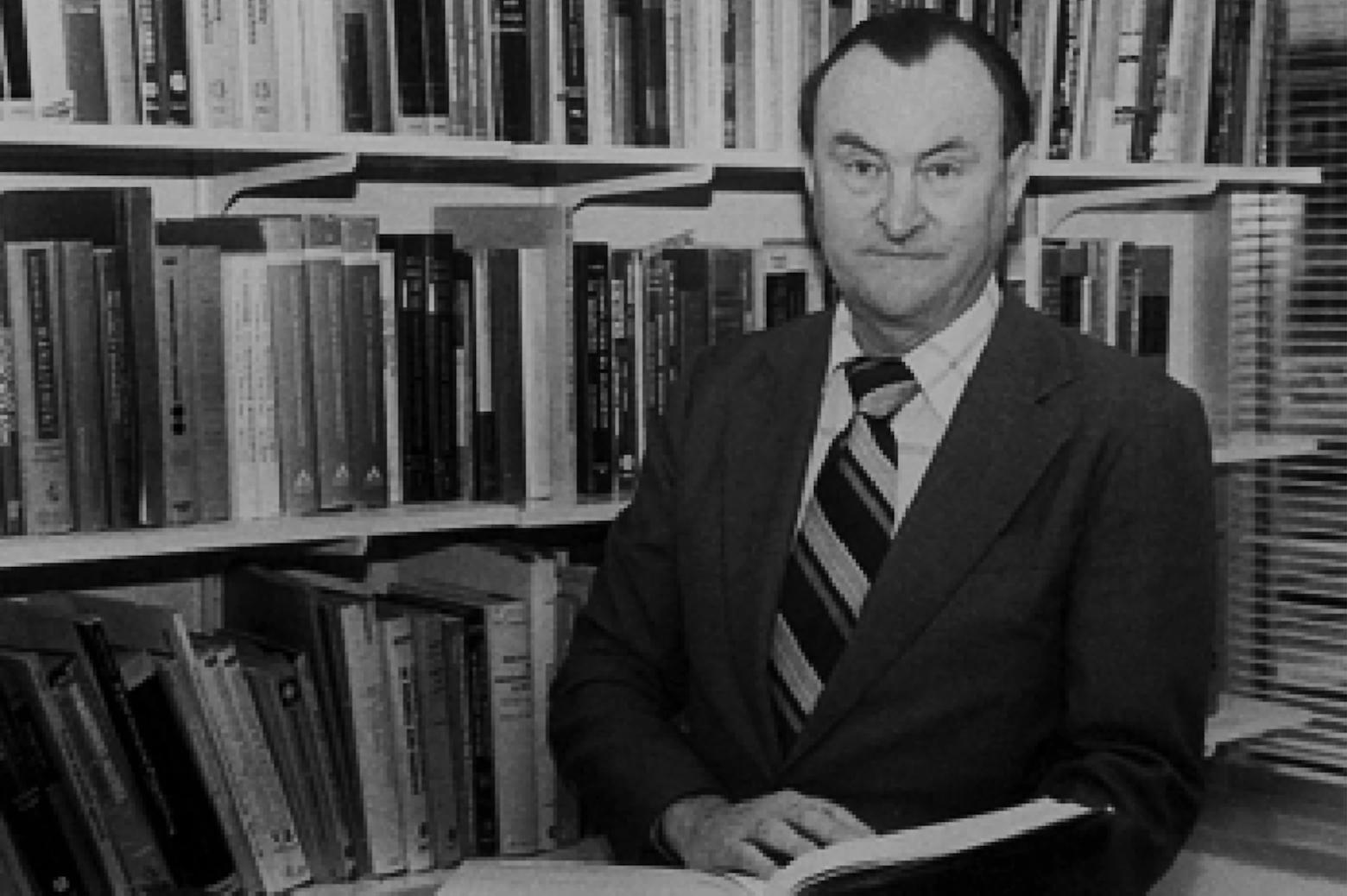 Portrait of Daniel Teichrow