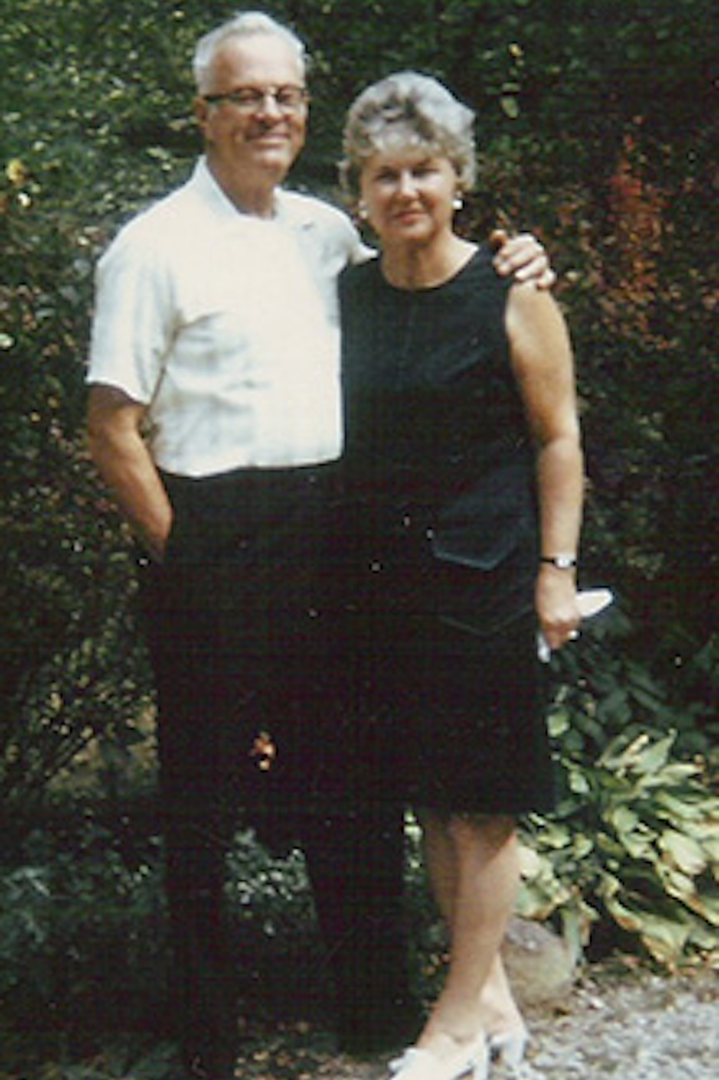 Clyde and Thelma Johnson at their home