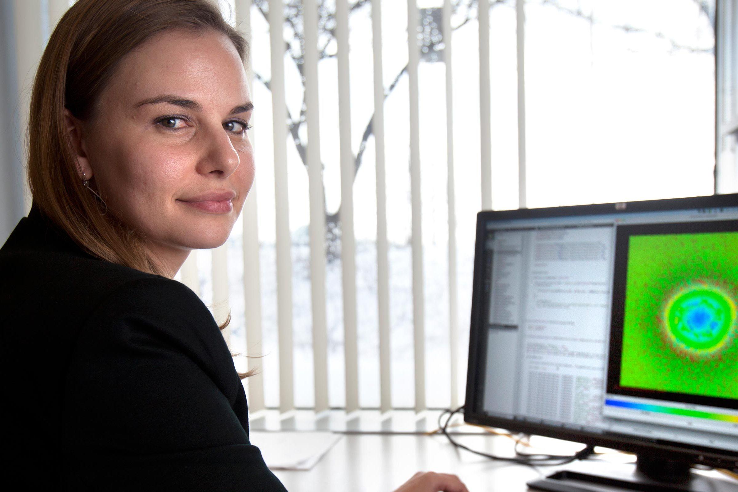 Elsje Pienaar at her computer.
