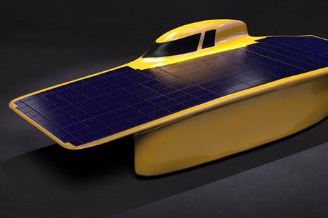 https://news engin umich edu/2017/07/solar-car-team-goes-small-to