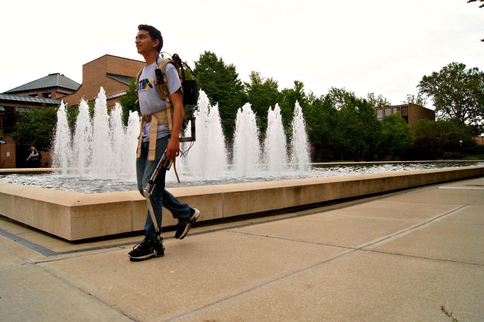 Student exoskeleton team STARX