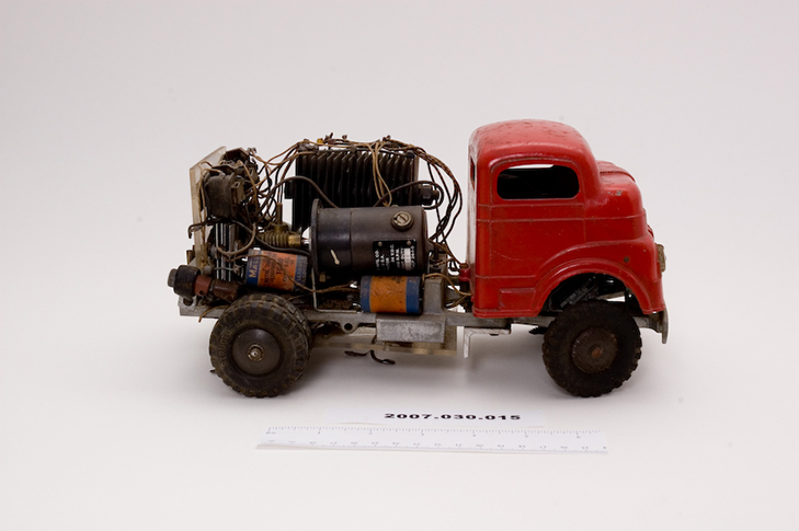 Claude Shannon's toy truck