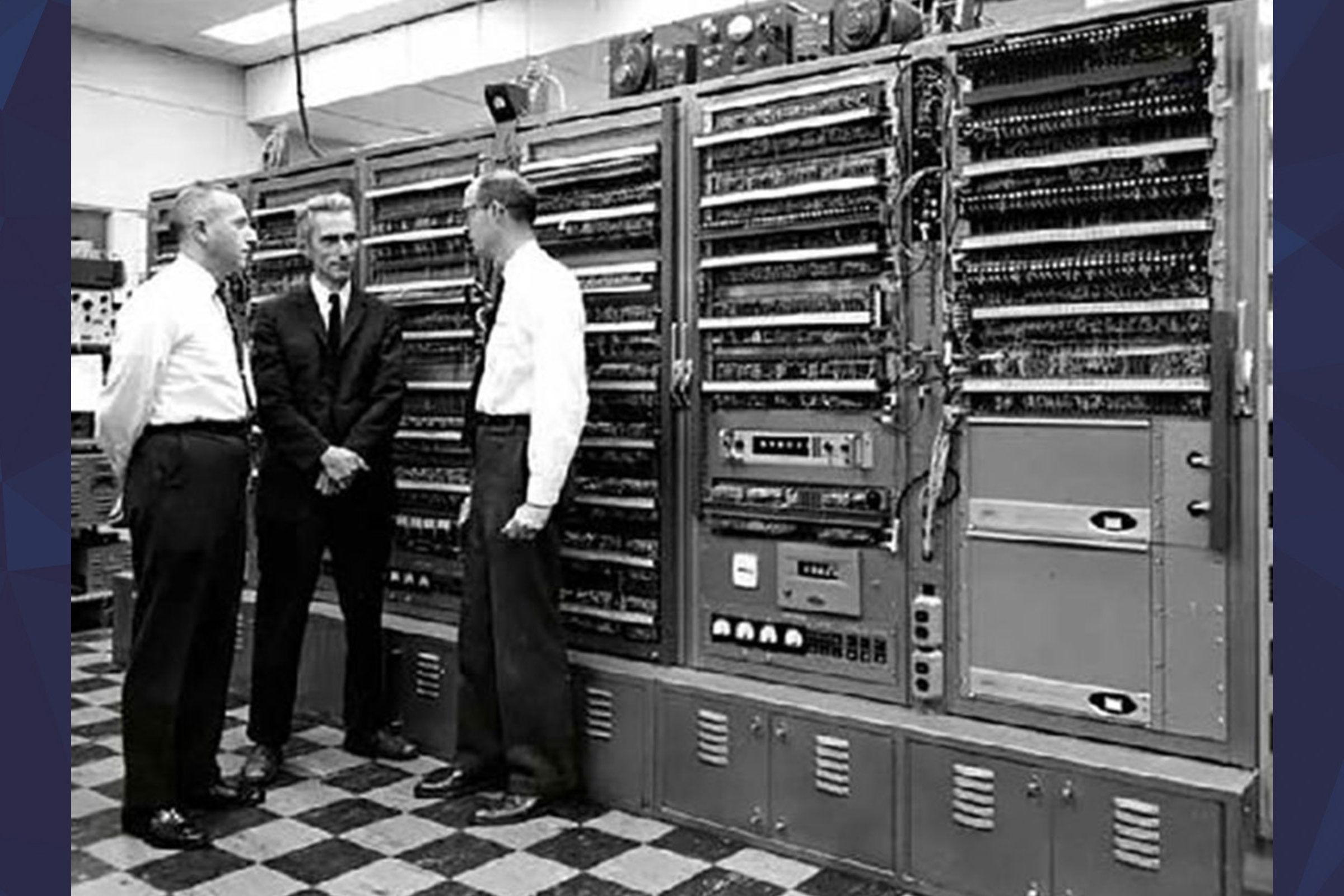 Claude Shannon in MIT labs