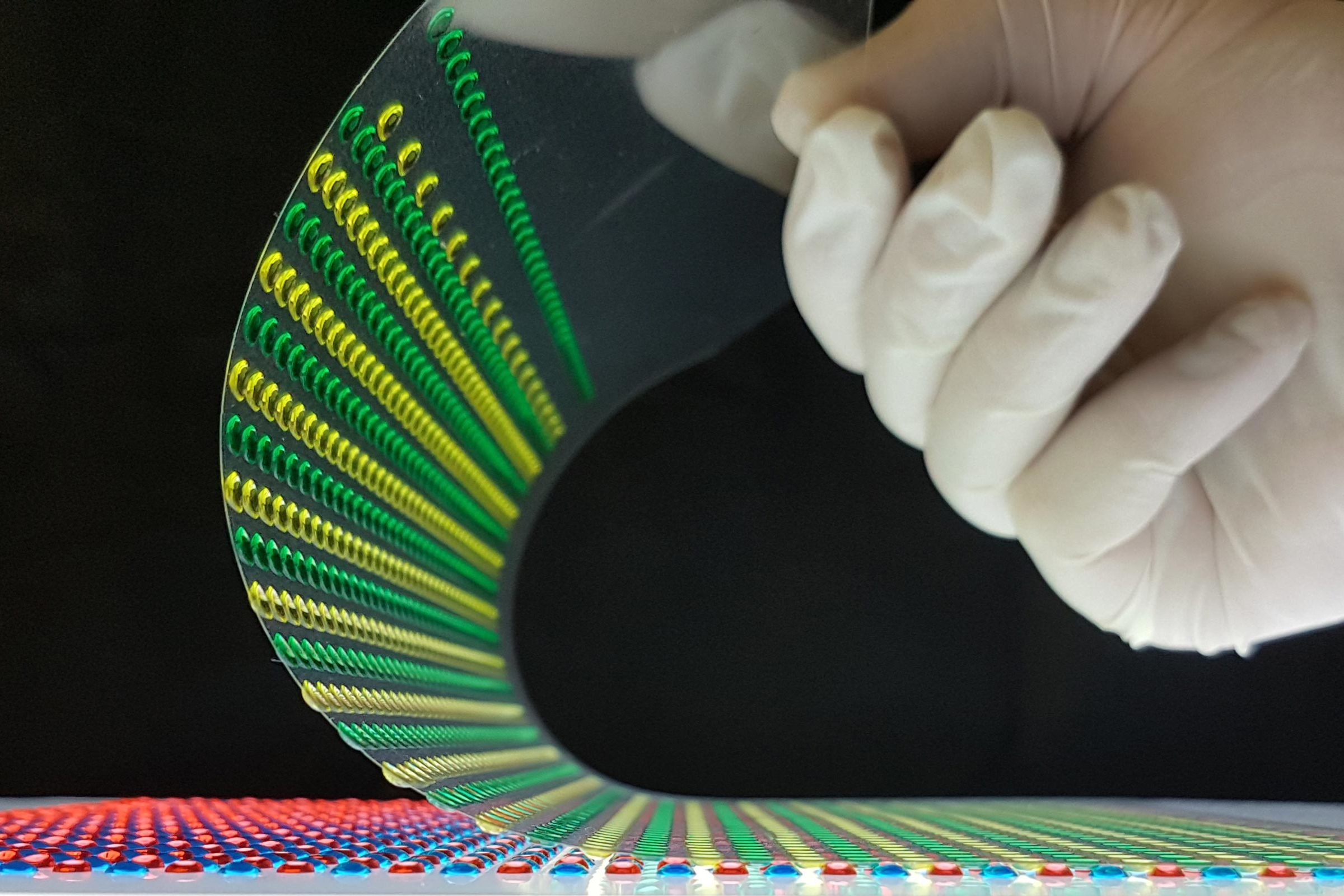 Electricity, eel-style: Soft power cells could run tomorrow's implantables