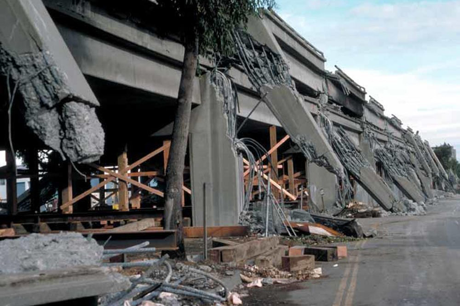 Wreckage from the Loma Prieta earthquake in Oakland California