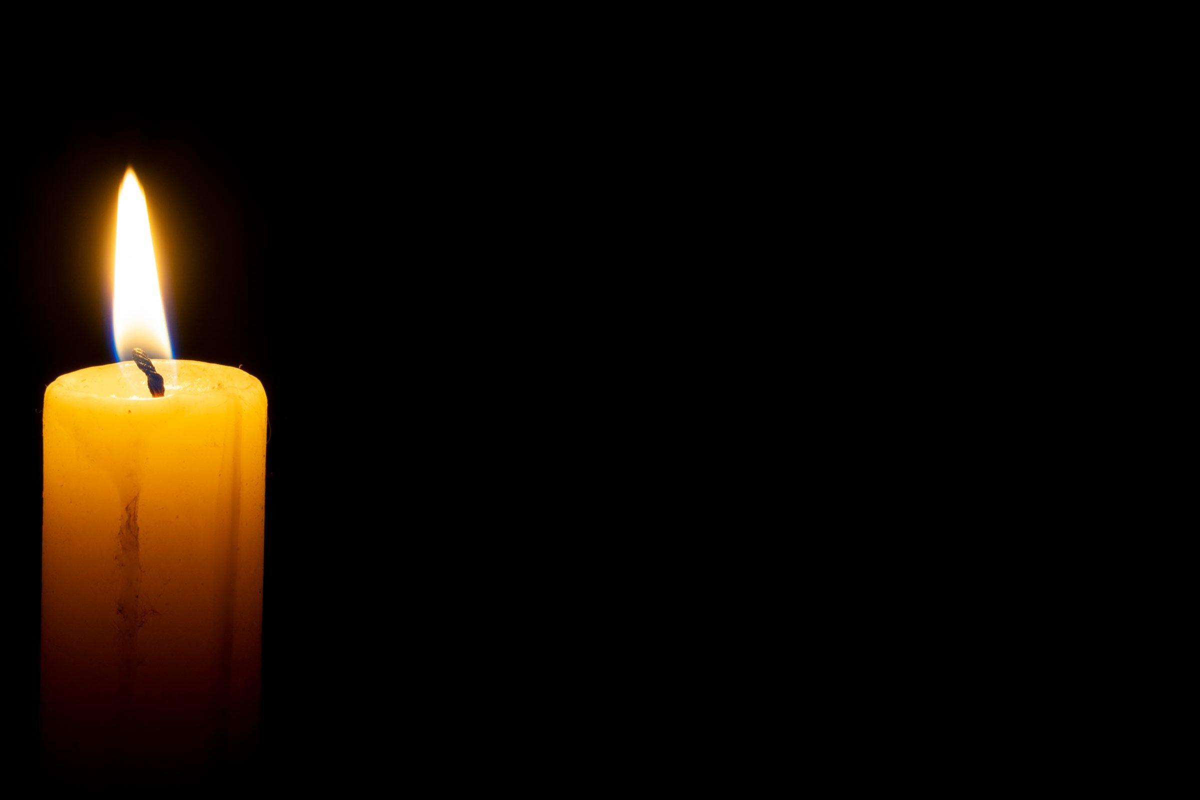 Candle-memoriam