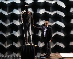 Sarabandi and mannequin