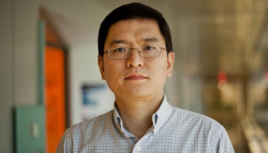 Professor Zhong