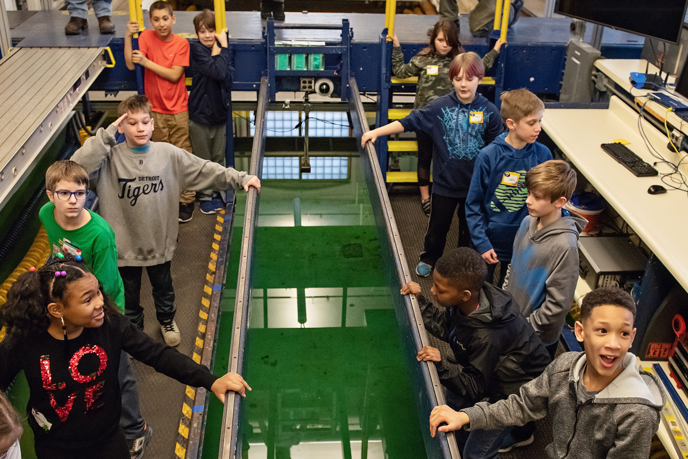 Brick Elementary School students visit the Aaron Friedman Marine Hydrodynamics Lab