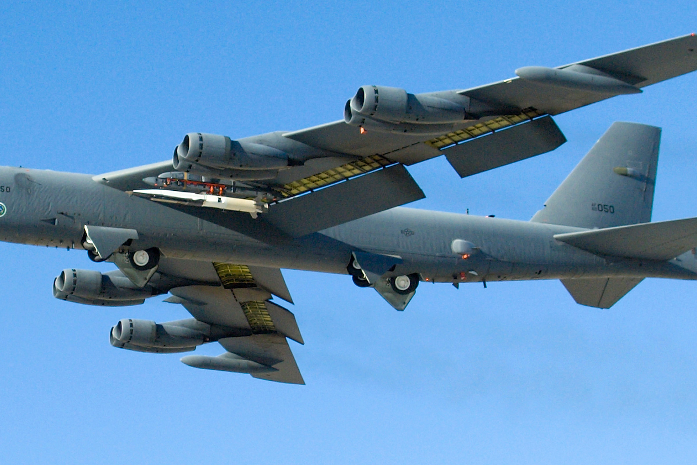 An X-51A Waverider plane