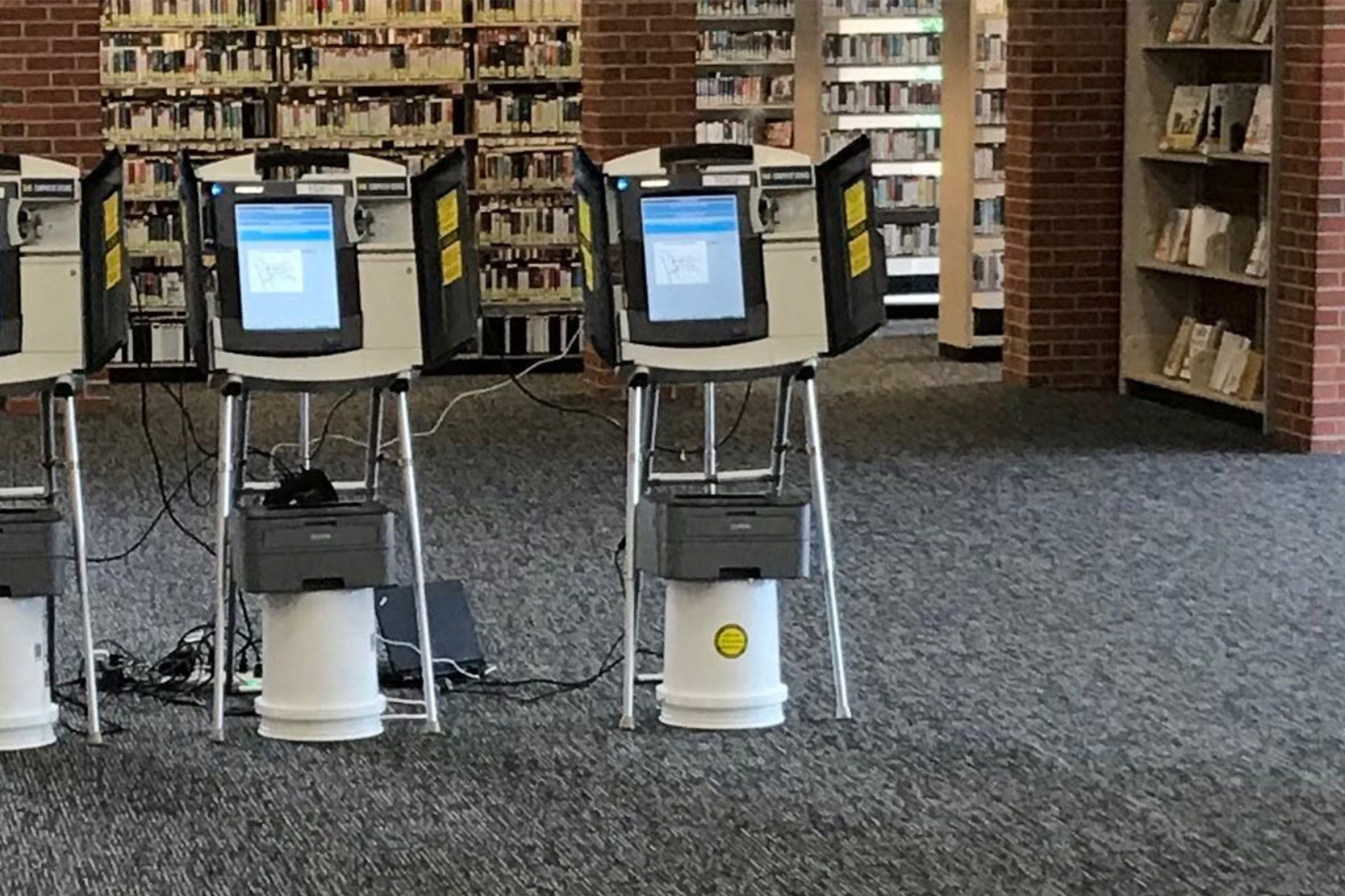 Voting machines at library