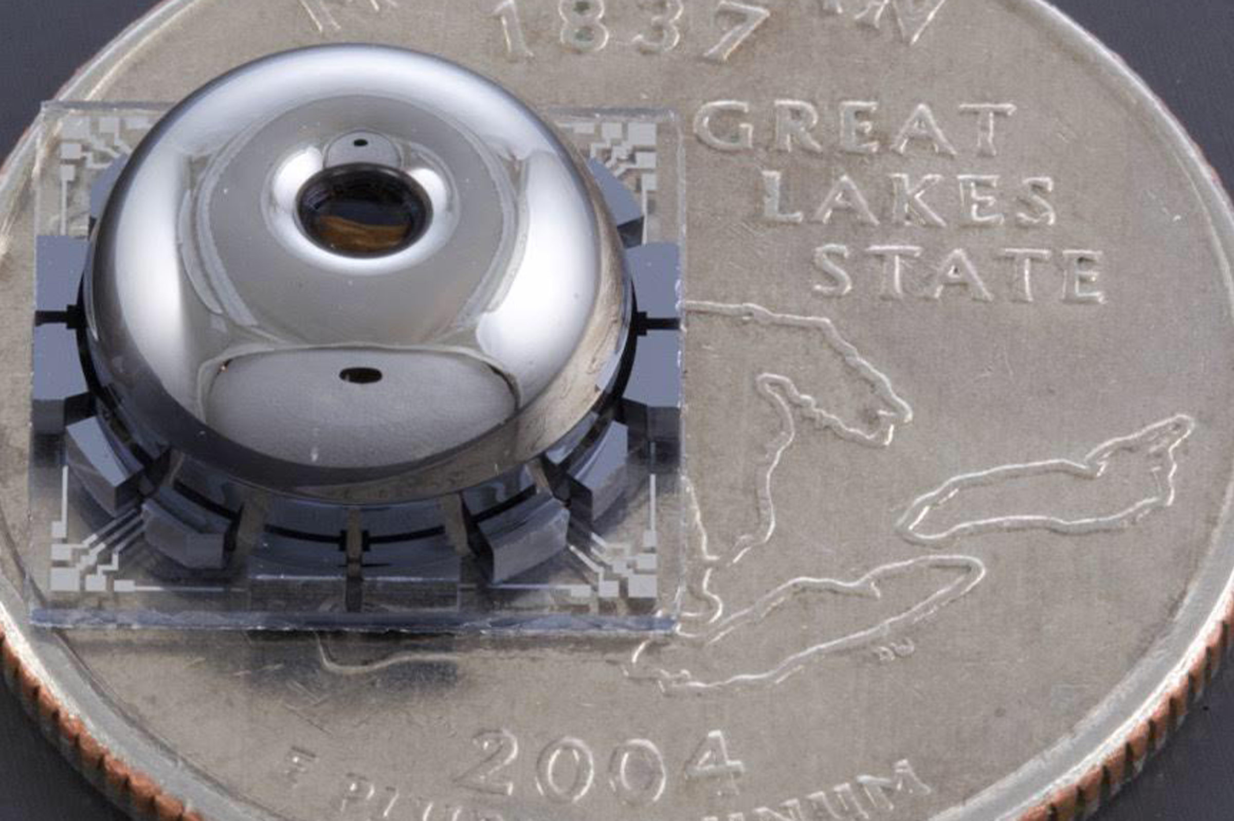 the resonator on a quarter