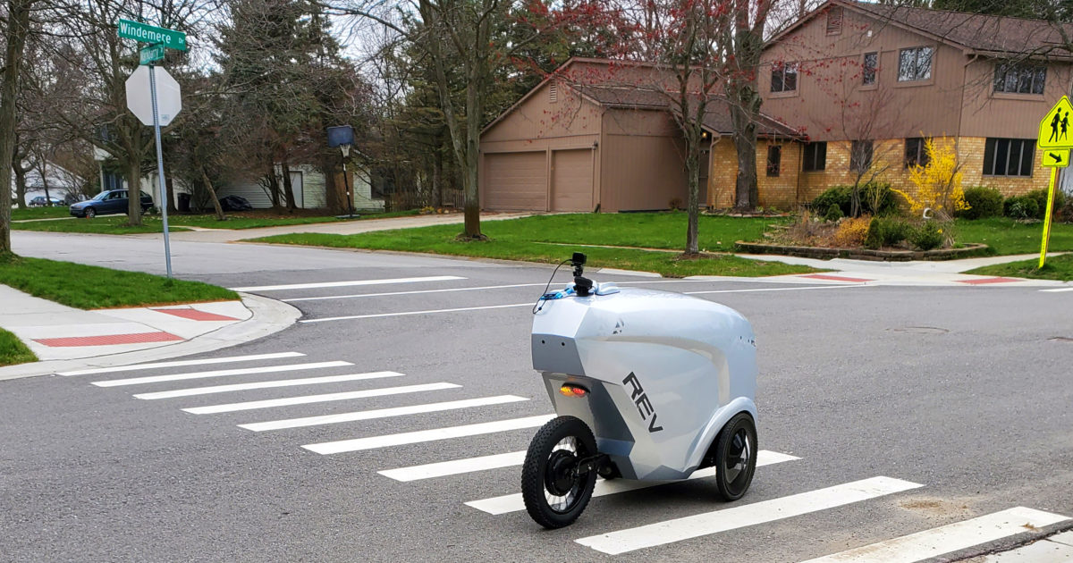 Delivery robots help Ann Arbor restaurants weather COVID | Michigan Engineering