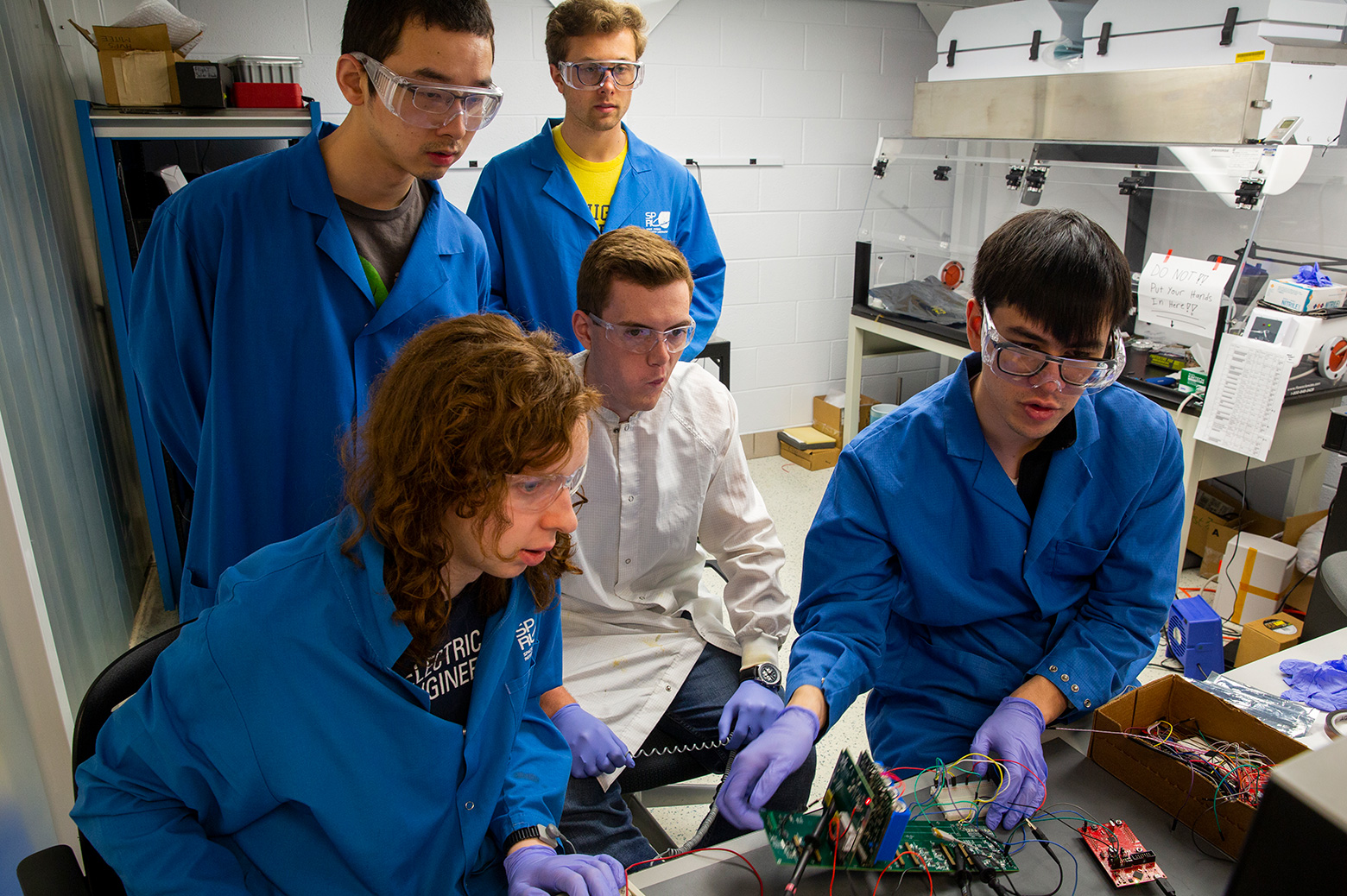 A group of students test out the Mi-TEE cubesat