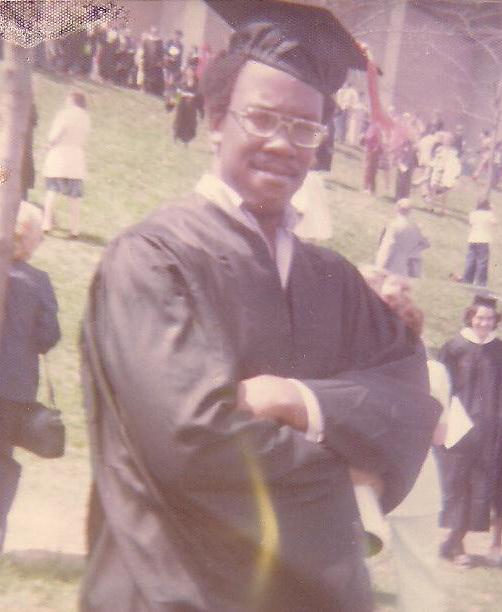 Robert Scott graduation photo